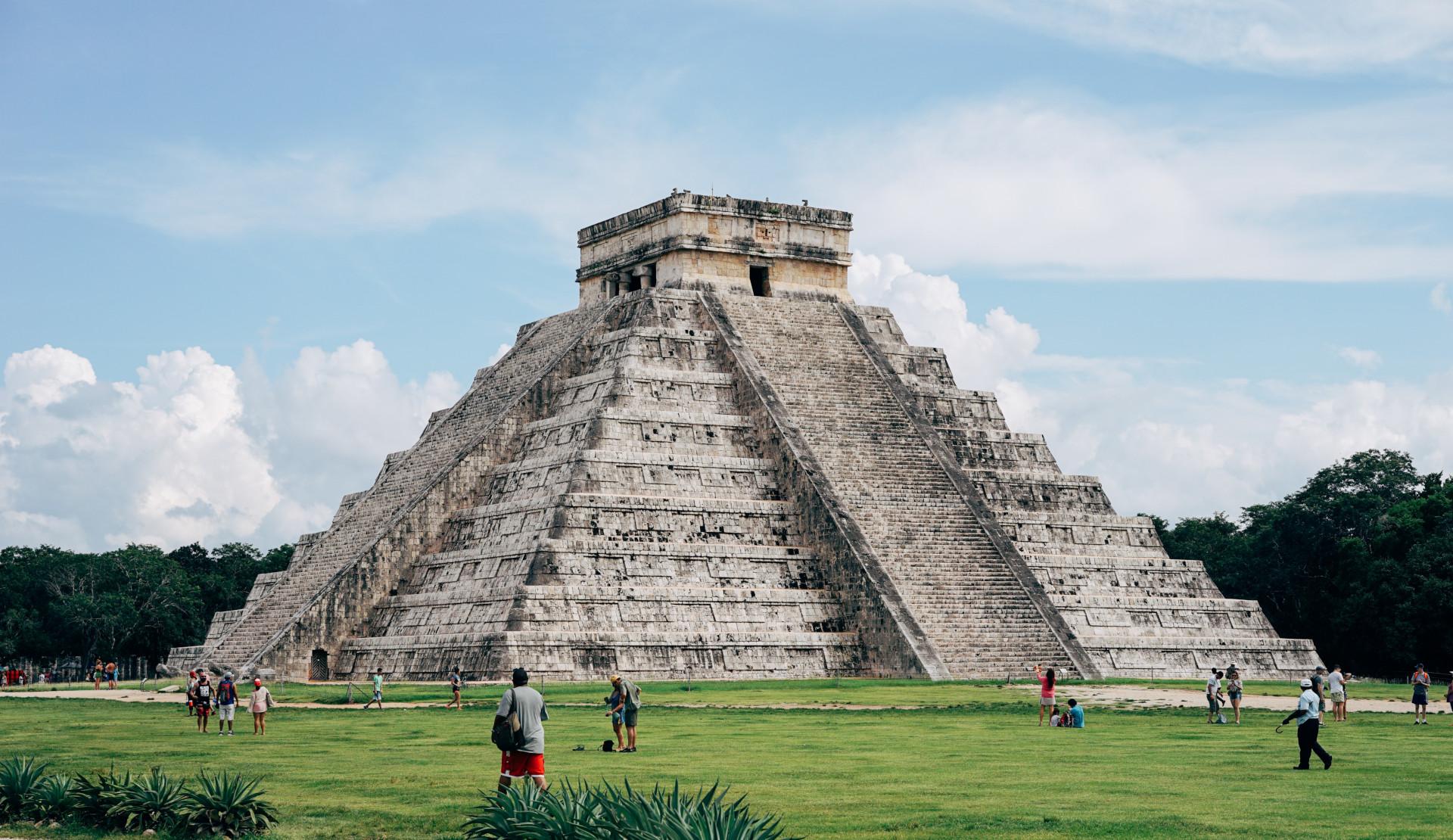 Las pirámides mayas y aztecas que debes conocer antes de morir |  Guiamexico.mx
